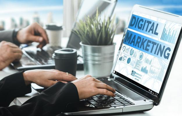 WEBマーケティングを未経験から学ぶのにおすすめの会社